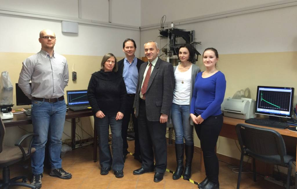 AGH University of Science and Technology, Krakow uses Recording Microbalances from CI Precision